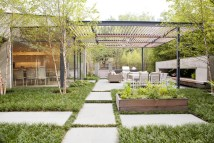 Modern Outdoor Living Space Designs