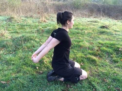 Alexandra-Merisoiu-Flexibility-Exercise (4)