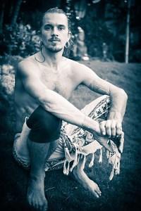 Octavio Salvado – Mythic Yoga. Modern Flow.