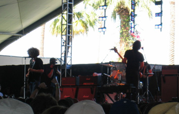 Coachella 2006 wolfmother.jpg