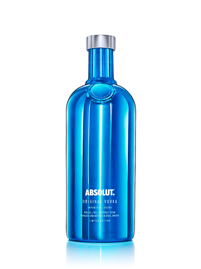urbeat-estilo-de-vida-absolut-electric-2015-Absolut-Electrik_Blue_Packshot_White-750ml_Original
