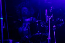urbeat-galerias-gdl-c3-stage-Pennywise-10abr2016-07