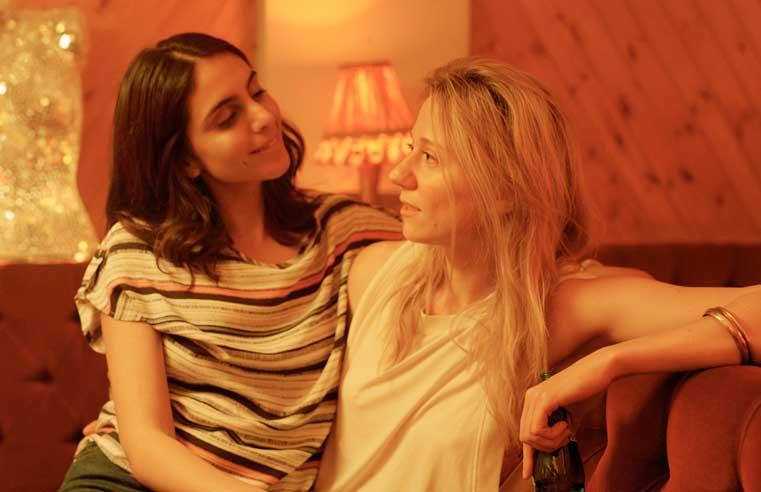 The Bisexual la serie que cautivó a la crítica especializada