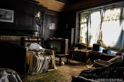 Abandoned house of antiques, South Island, New Zealand