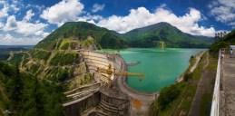Während unserer spannenden Fotoexpedition durch die Kaukasischen Berge entdeckten wir diesen mächtigen Staudamm an der Grenze zu Abchasien.