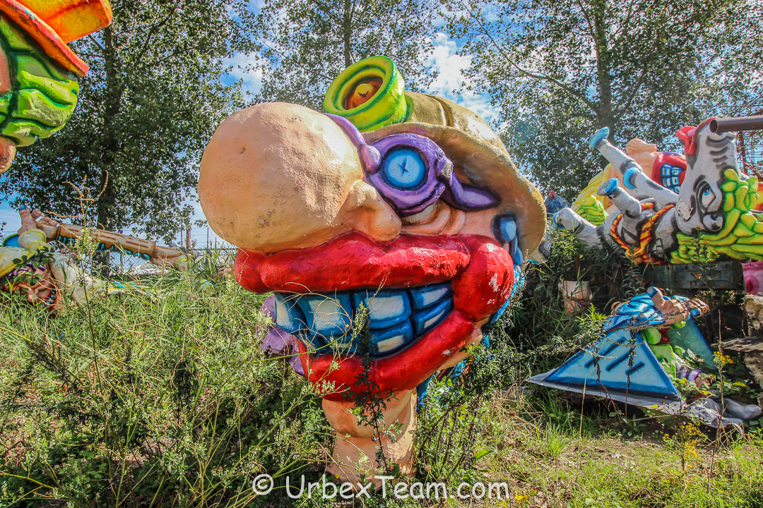 Carnaval Graveyard 9