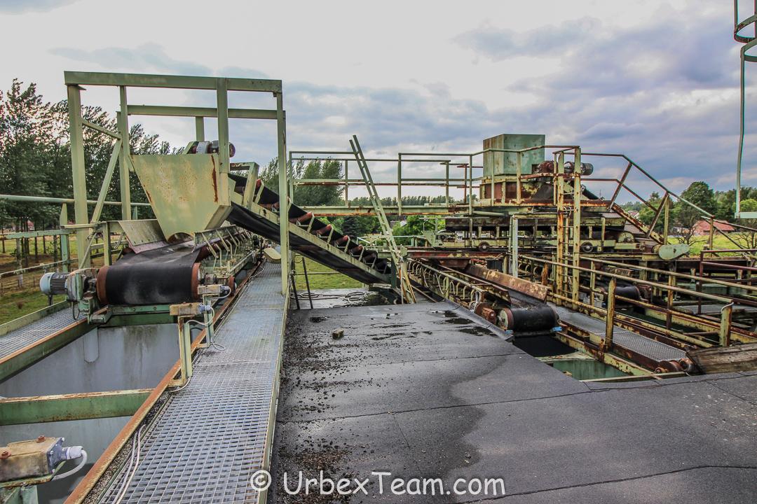 Factory B 15