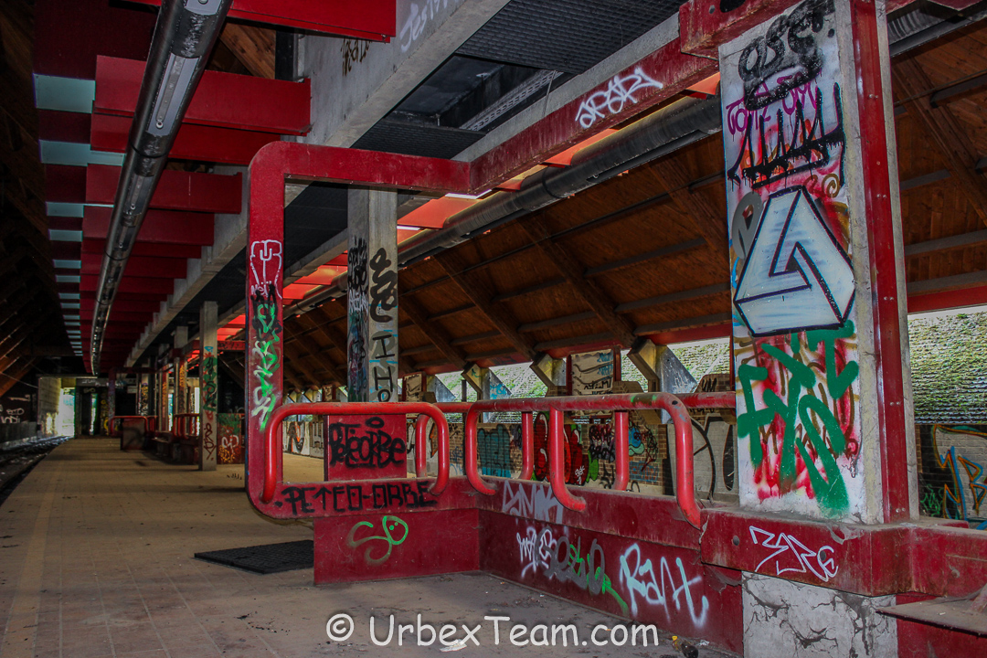 Metro Chet 4