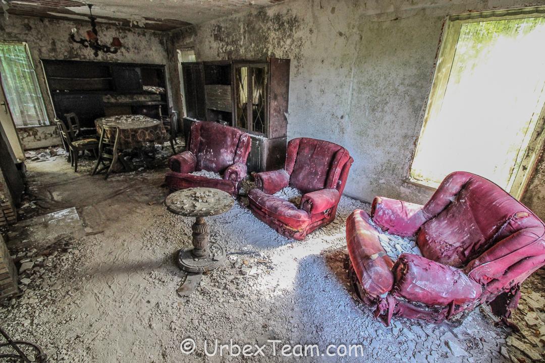 Mold House 8
