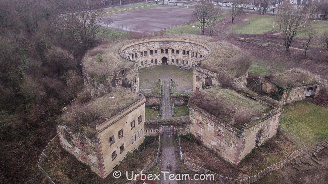Fort All Around 4