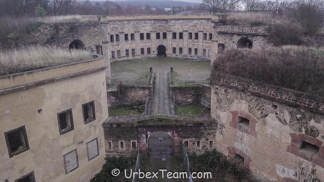Fort All Around 7