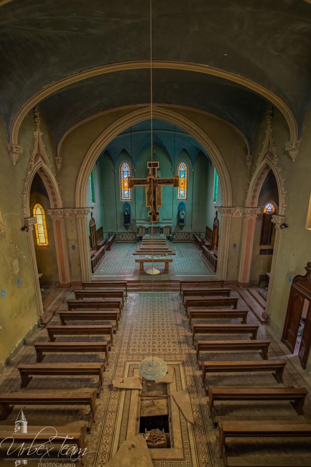 Blue Chapel 13