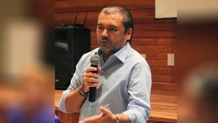 Investigado, dono de hospital recebe Polícia Federal a tiros no Amazonas