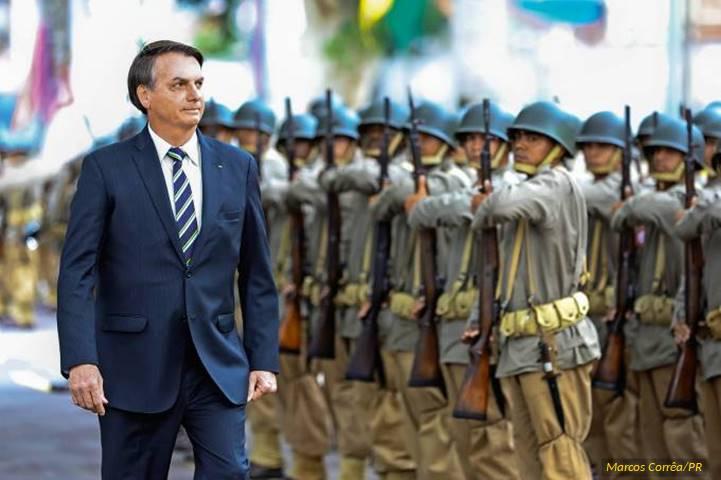 XP/Ipespe: Confiança dos brasileiros nas Forças Armadas e em Bolsonaro tem pior patamar