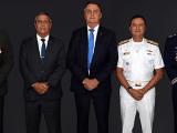 Bolsonaro, Braga Neto e 'desajustados' são 'detritos', diz a Folha. 'Não haverá golpe'