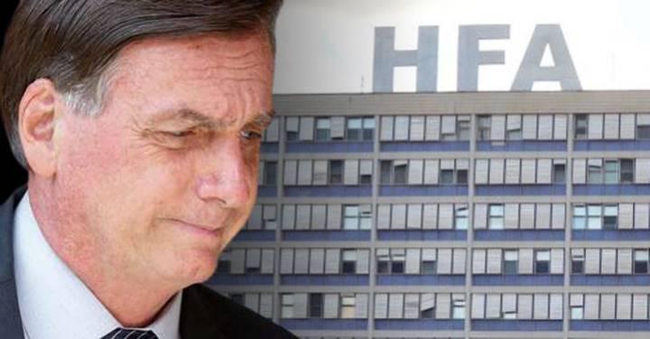 Bolsonaro segue internado. Médico pós-facada é chamado e presidente pode ser operado