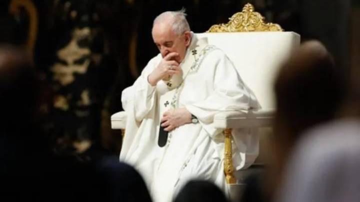Papa Francisco opera neste domingo em Roma por um problema de cólon