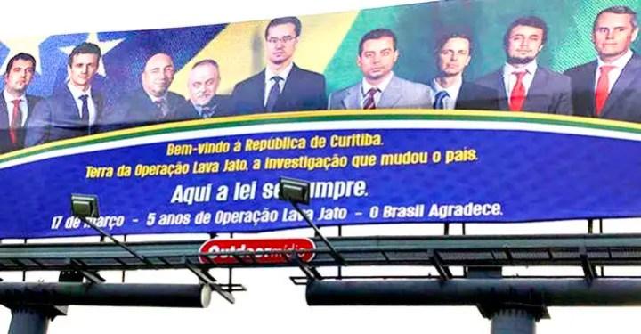 """CNMP demite procurador que promoveu cartaz da Lava Jato de Curitiba """"Aqui a lei se cumpre"""""""