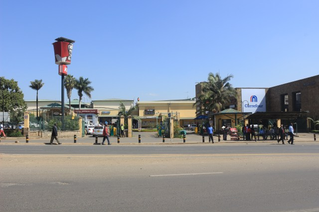Carrefour Junction mall