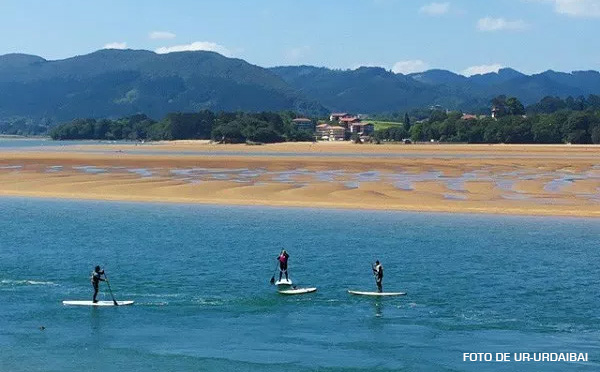 UR-URDAIBAI_STAND-UP-PADDLE-LAIDA2