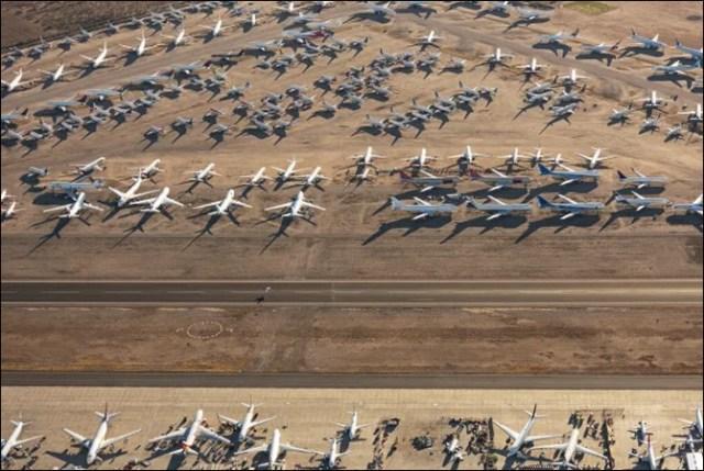 اربوں ڈالر کے سیکڑوں طیارے کھڑے کھڑے ناکارہ ہونے لگے (حیرت انگیز تصاویر) 3