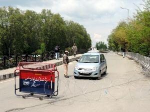 حالیہ حملوں کے بعد سری نگر میں سکیورٹی سخت، جگہ جگہ تلاشیاں