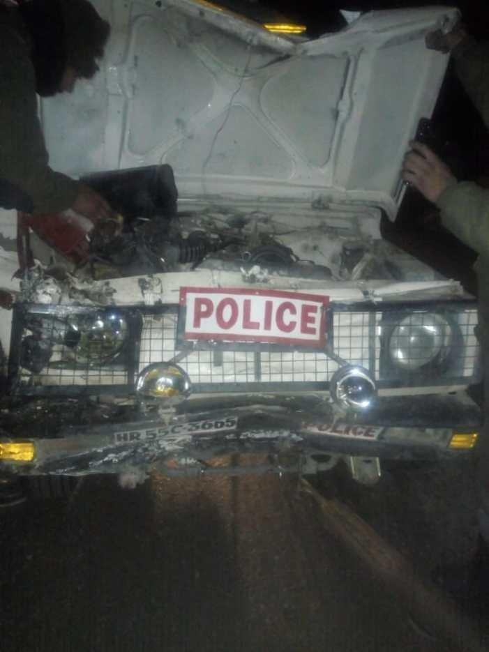 جنوبی کشمیر میں سی آر پی ایف اہلکار سڑک حادثے میں شدید زخمی