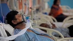 دنیا میں کورونا سے تقریباً 20 لاکھ لوگوں کی موت