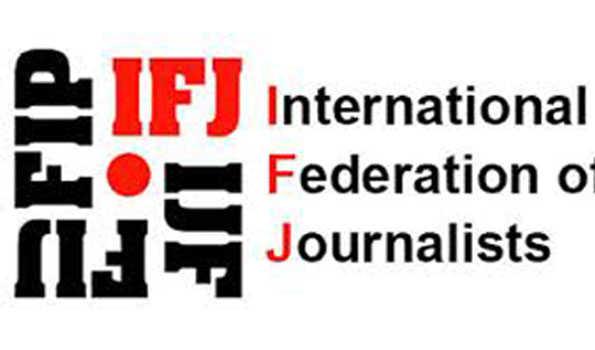 صحافیوں کو کووڈ ۔19 ویکسینیشن گروپ میں شامل کرنے کا مطالبہ
