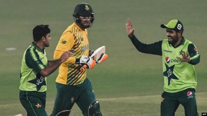 جنوبی افریقہ کے خلاف سیریز میں کامیابی، پاکستان 100 ٹی ٹوئنٹی جیتنے والی پہلی ٹیم
