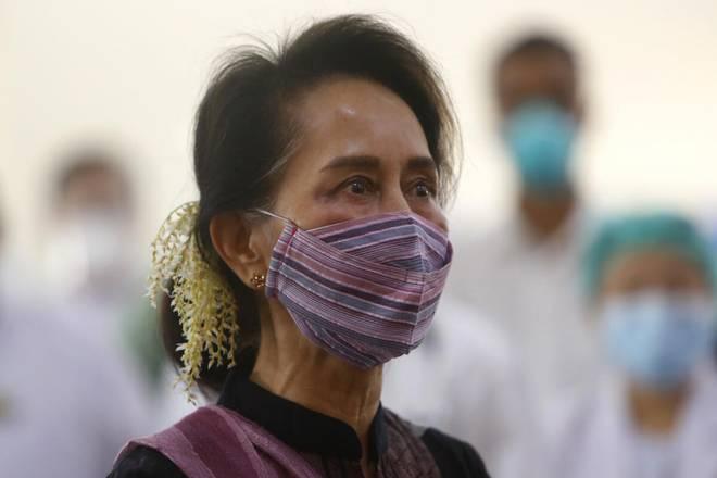 میانمار کی فوج نے ملک کا کنٹرول سنبھال لیا، آنگ سان سوچی سمیت متعدد رہنما زیرِ حراست