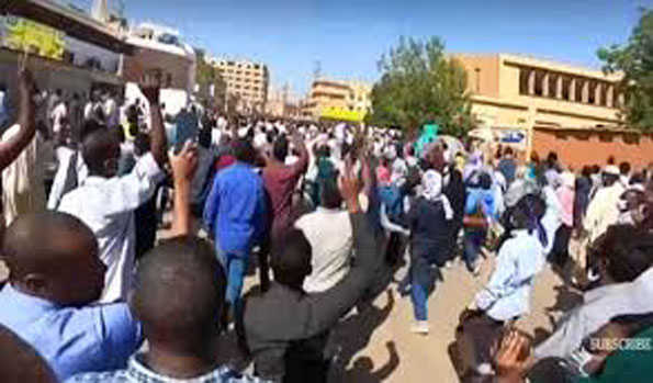 سوڈان میں غذائی اشیا کی بڑھتی قیمتوں کے خلاف مظاہرے، لوٹ اور فسادات