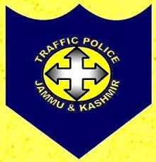 سری نگر میں ایک ہی دن میں ٹریفک قوانین کی خلاف ورزی کرنے والے 111 افراد کو چالان کیا گیا: پولیس