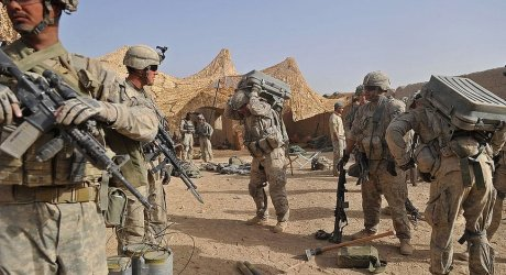 'طالبان کو روکنے کیلئے امریکہ فضائی حملے جاری رکھے گا'