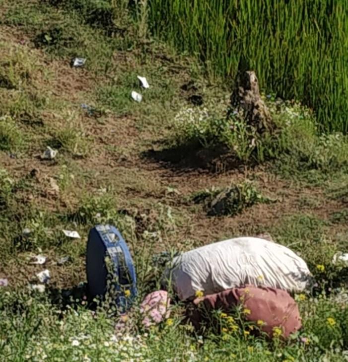 سری نگر میں مشکوک بیگ سے دھماکہ خیز مواد کے بجائے کپڑے نکلے