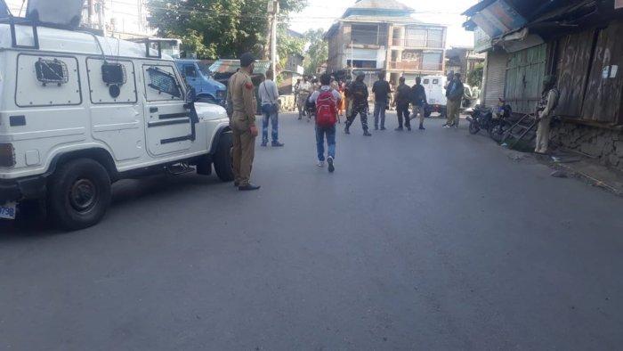 بربر شاہ سرینگر میں گرینیڈ دھماکہ ،متعدد شہری زخمی