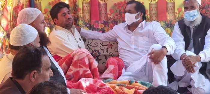 کشمیر گزشتہ تین دہائیوں سے رنج و الم کی حالت میں ہے: سجاد غنی لون