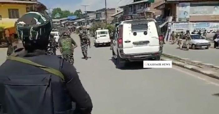 جنوبی کشمیر کے ضلع پلوامہ کے راج پورہ میں گرینیڈ حملہ، تین عام شہری زخمی