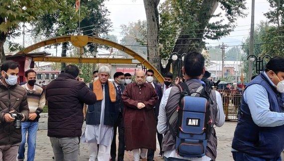 پاکستان سے نہیں کشمیریوں سے بات کریں گے: وزیر داخلہ امت شاہ