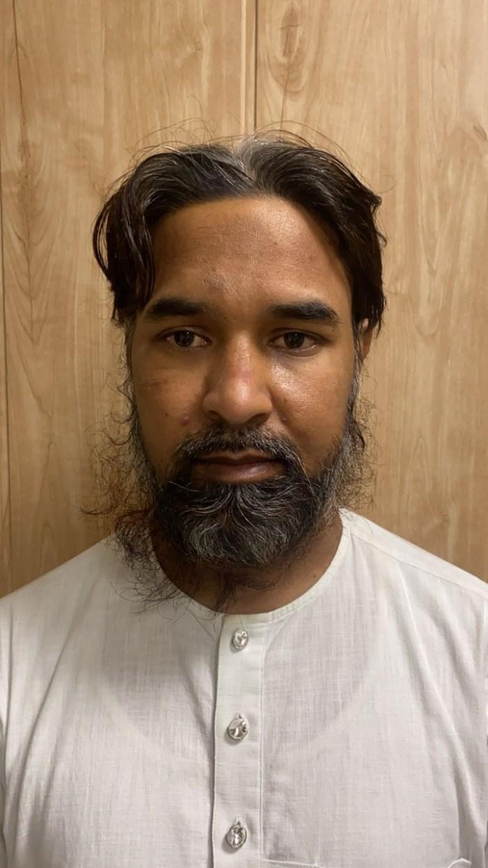 دہلی میں مقیم پاکستانی دہشت گرد جعلی شناختی کارڈ کے ساتھ گرفتار ، اے کے 47 ، دستی بم برآمد