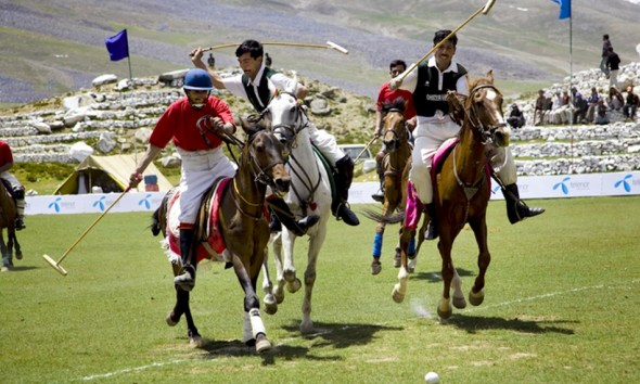 Polo in Shandur