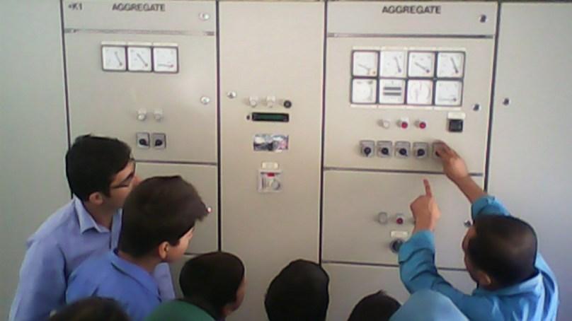 ہنزہ، ڈی جے سکول حسین آباد کے طلبا نے قلعہ بلتت، پاور ہاوس اور فلور مل کا مطالعاتی دورہ کیا