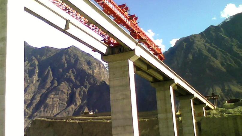 چیف سیکریٹری کی طرف سے  ذوالفقار آبادتا KIU   پل کو جلد از جلد تعمیر کرنے کا حکم