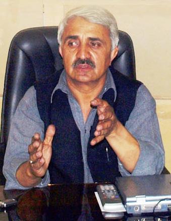 نگران کابینہ کی تشکیل عوام کو بیوقوف بنانے کیلئے ایک ٹوپی ڈرامہ ہے ، کریم خان  اے- پی- ایم -ایل