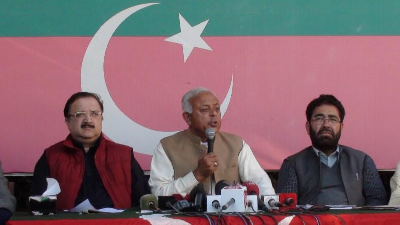 برجیس طاہر کو گلگت بلتستان کاگورنر بنانا منظور نہیں ہے، مزاحمت کریں گے، پاکستان تحریک انصاف