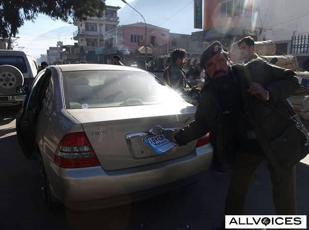 گلگت بلتستان میں این سی پی گاڑیوں کے خلاف کی جانے والی کریک ڈاون غیر قانونی ہے ۔ صدرہنزہ نگر ٹرانسپورٹر یونین