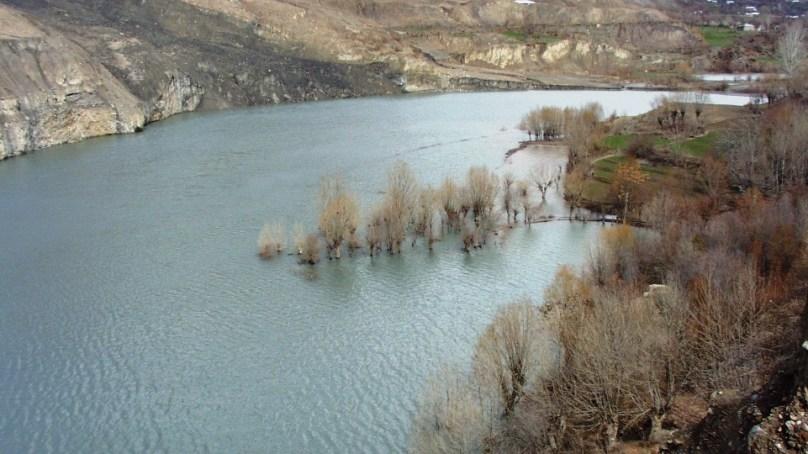 چترال میں واقع حادثاتی طور پر وجود میں آنے والی ریشون جھیل