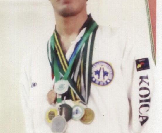 گلگت بلتستان کے نوجوان کھلاڑی رحمت جمال نے نیشنل تائیکوانڈو چیمپین شپ میں گولڈ مڈل حاصل کر لیا، علاقائی ٹیم نے کل 8 تمغے جیتے