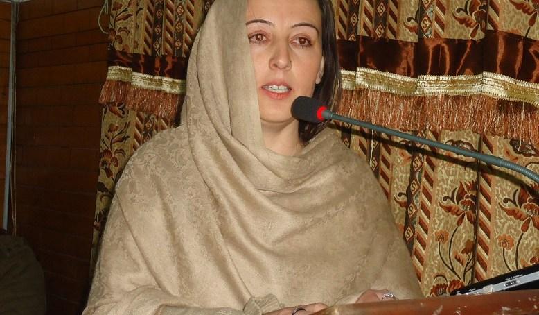 موجودہ صوبائی حکومت نے  چترال میں 2ارب 19کروڑ روپے خرچ کیے ہیں، ایم پی اے فوزیہ بی بی