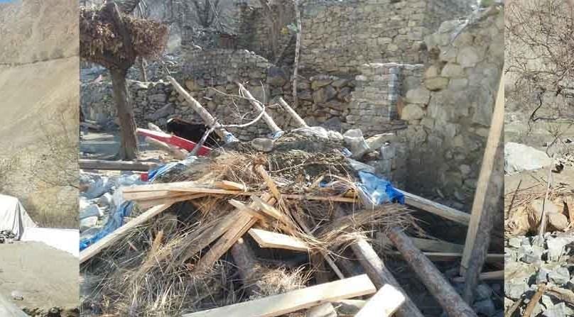 پارلیمانی سیکریٹری اورنگزیب خان اور معاون خصوصی فاروق میر نے جگلوٹ میں زمینی تودہ گرنے سے متاثرہ علاقے کا دورہ کیا